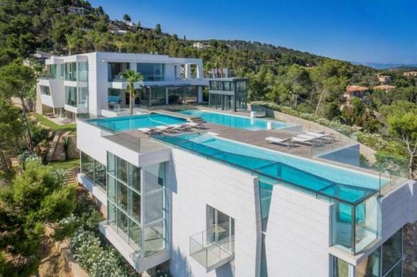 Casas de lujo con piscina yaencontre