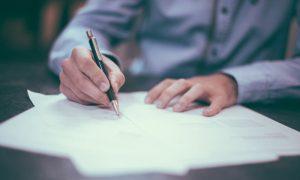 Cláusulas abusivas en el alquiler: Qué es legal y qué no