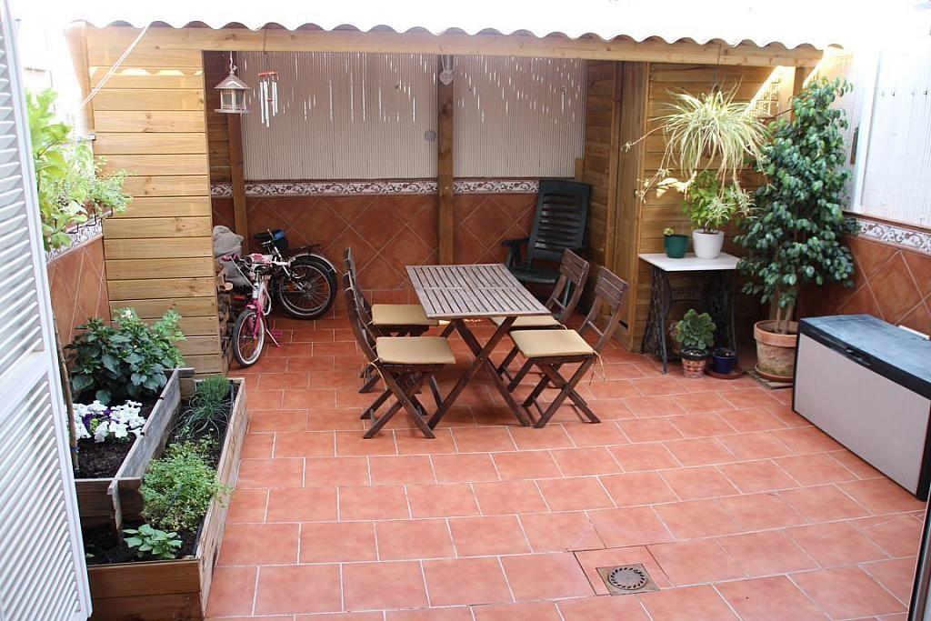 Pisos y ticos con terraza en venta que te pueden seducir for Pisos vacacionales sevilla