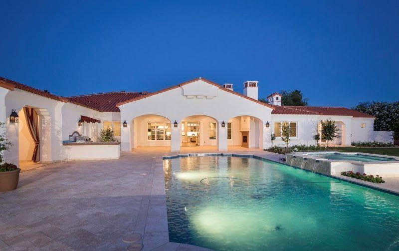 2deee8fbdd906 Una de las mansiones que tiene el nadador olímpico Michael Phelps está a la  venta. La casa que tiene en Arizona consta de distintas dependencias con un  ...