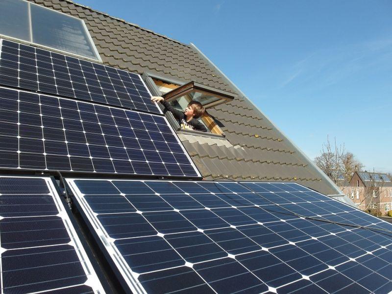 Ayudas para baterías de placas solares