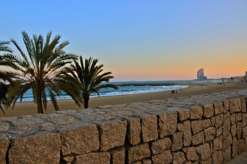 Pisos en Barcelona para amantes del sol y playa